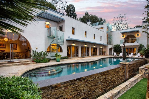 Richard Neutra Home Backyard