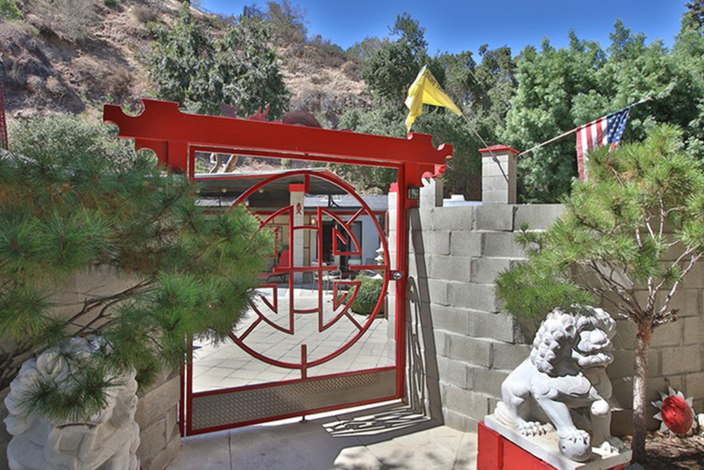 Homes for sale in Sunland CA