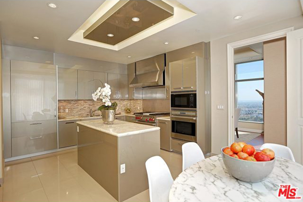 Yolanda Foster House Los Angeles CA Real Estate Kitchen