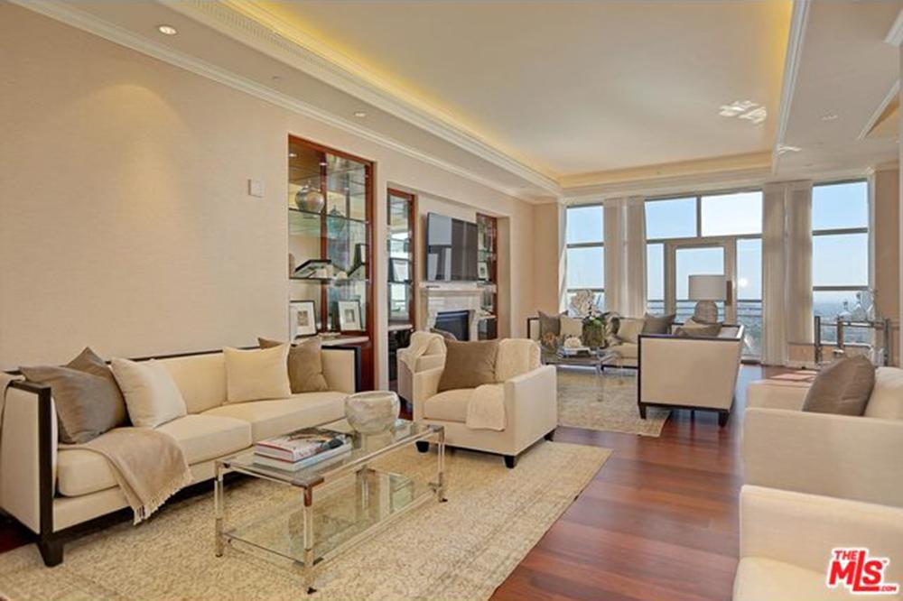 Yolanda Foster Los Angeles CA Real Estate Condo