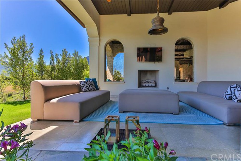 Britney Spears Is Selling Her Thousand Oaks Home   Celebrity   Trulia Blog