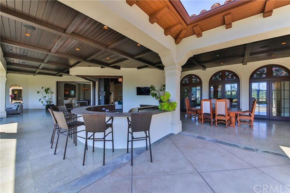 Britney Spears Is Ing Her Thousand Oaks Home Celebrity