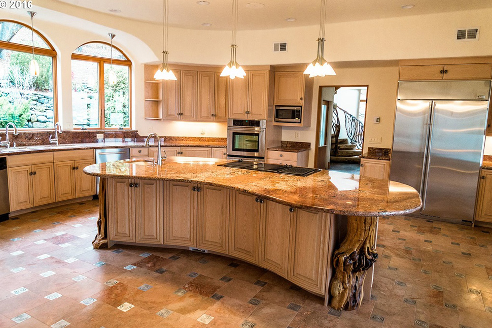 game of thrones house for sale in Ashland OR Kitchen