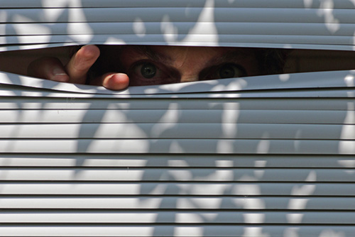 what is an open house neighbor being nosy