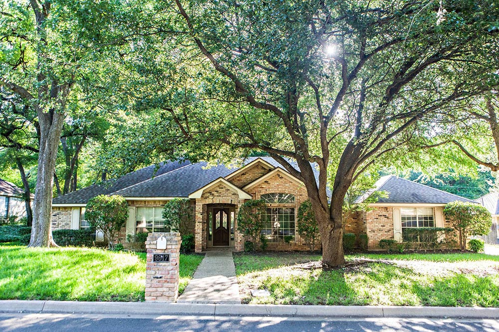 Home for Sale under 500k in Waco TX