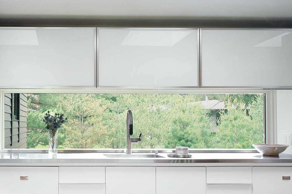 signs its time to replace your windows and doors