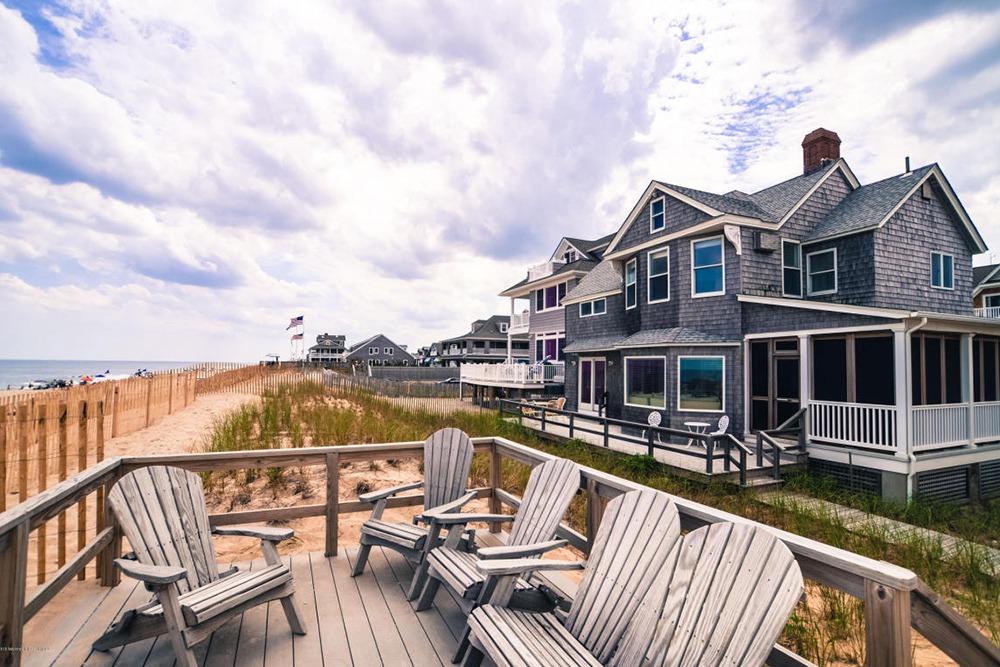 Average House Size Of Home For Sale In Bay Head Nj