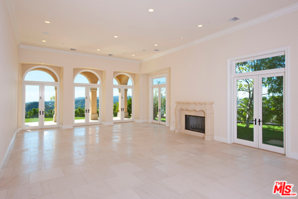Nicki Minaj And Meek Mill Move In To A Beverly Hills Mansion   Celebrity    Trulia Blog
