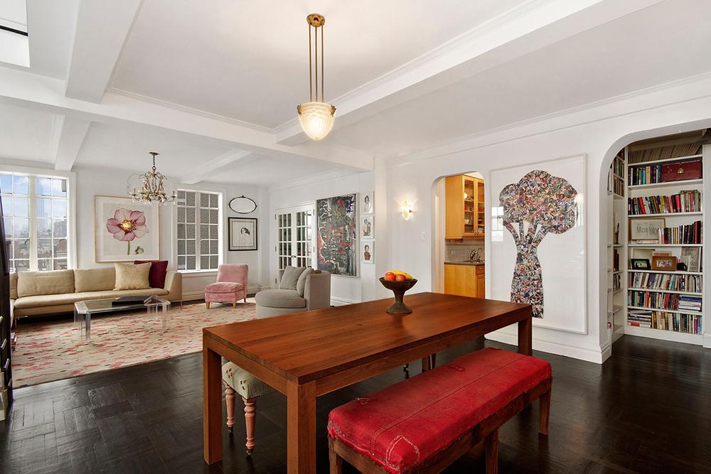 Late Night S Seth Meyers Buys A Greenwich Village Duplex