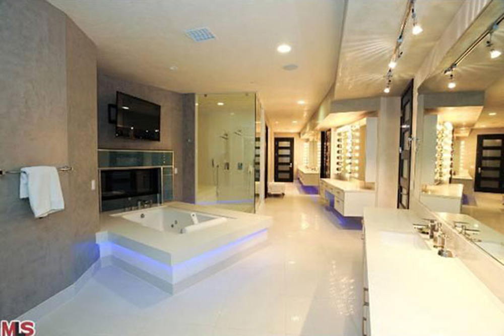 Modern Mansion Master Bedroom Mansion Master Bedroom Beautiful Tv ...  Modern Mansion Master Bedroom Mansion Master Bedroom ...