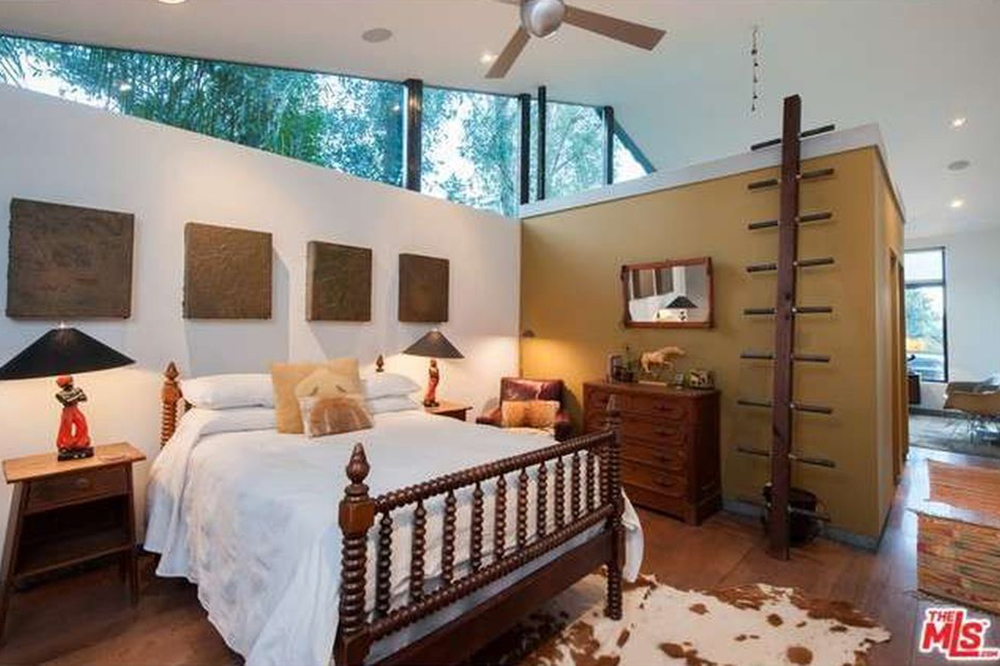 The Chainsmokers Alex Pall Buys In LA guest bedroom