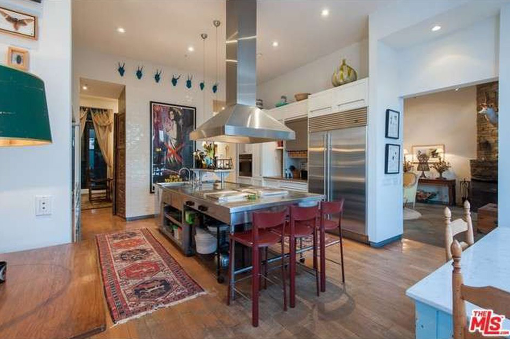 The Chainsmokers Alex Pall Buys In LA kitchen