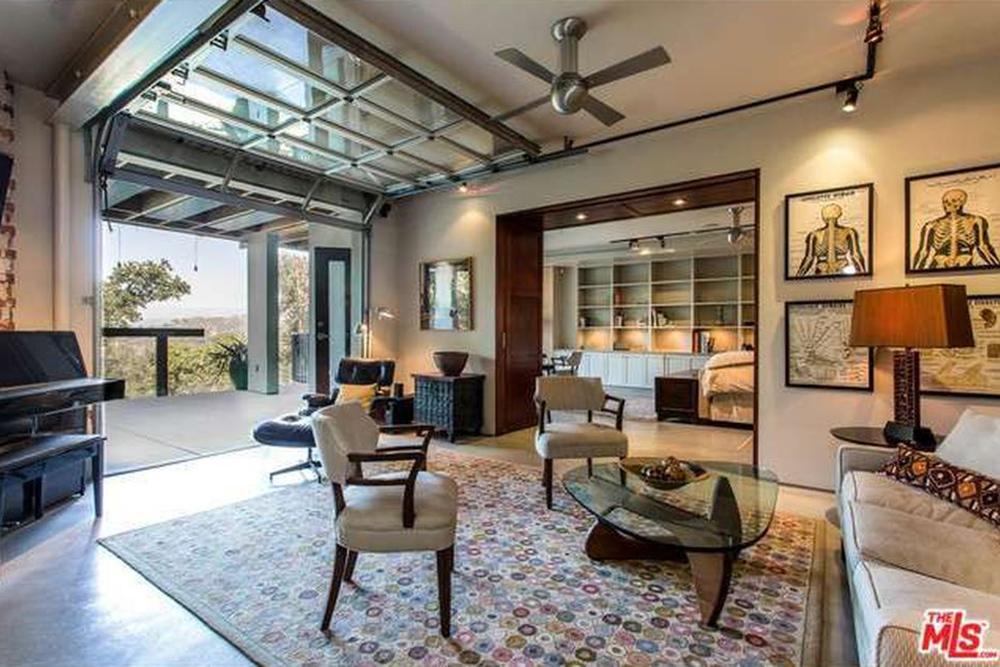 The Chainsmokers Alex Pall Buys In LA bedroom garage door
