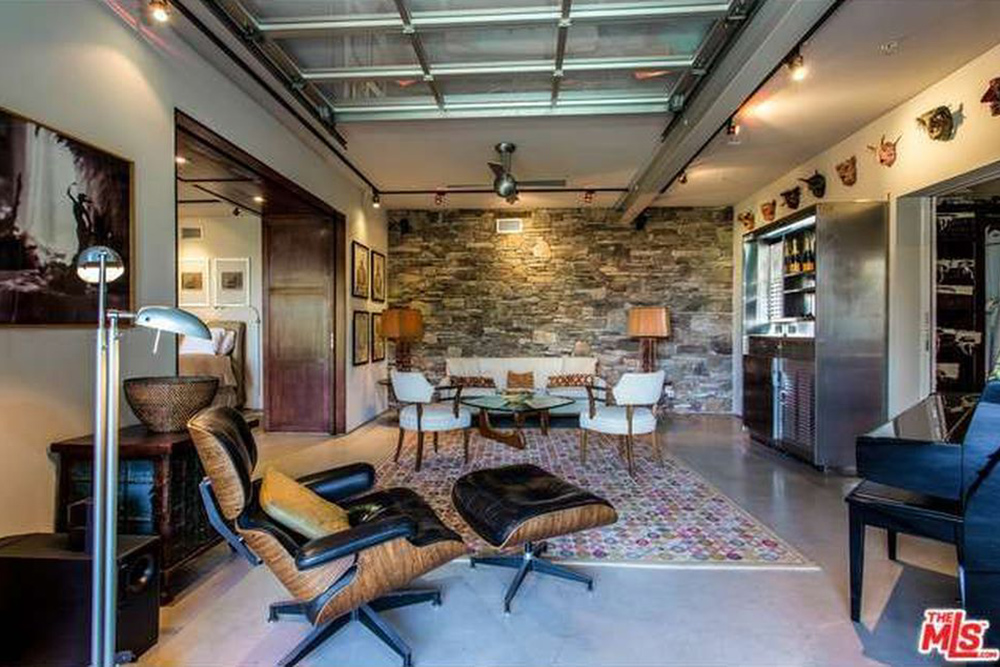 The Chainsmokers Alex Pall Buys In LA stone wall