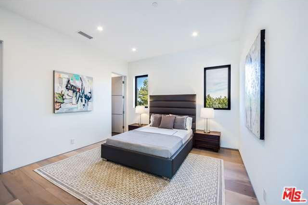 The Chainsmokers Drew Taggart Buys House In Los Angeles CA Bedroom
