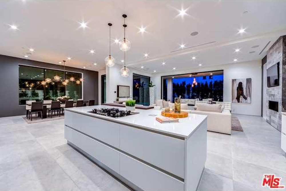 The Chainsmokers Drew Taggart Buys House In Los Angeles CA Kitchen