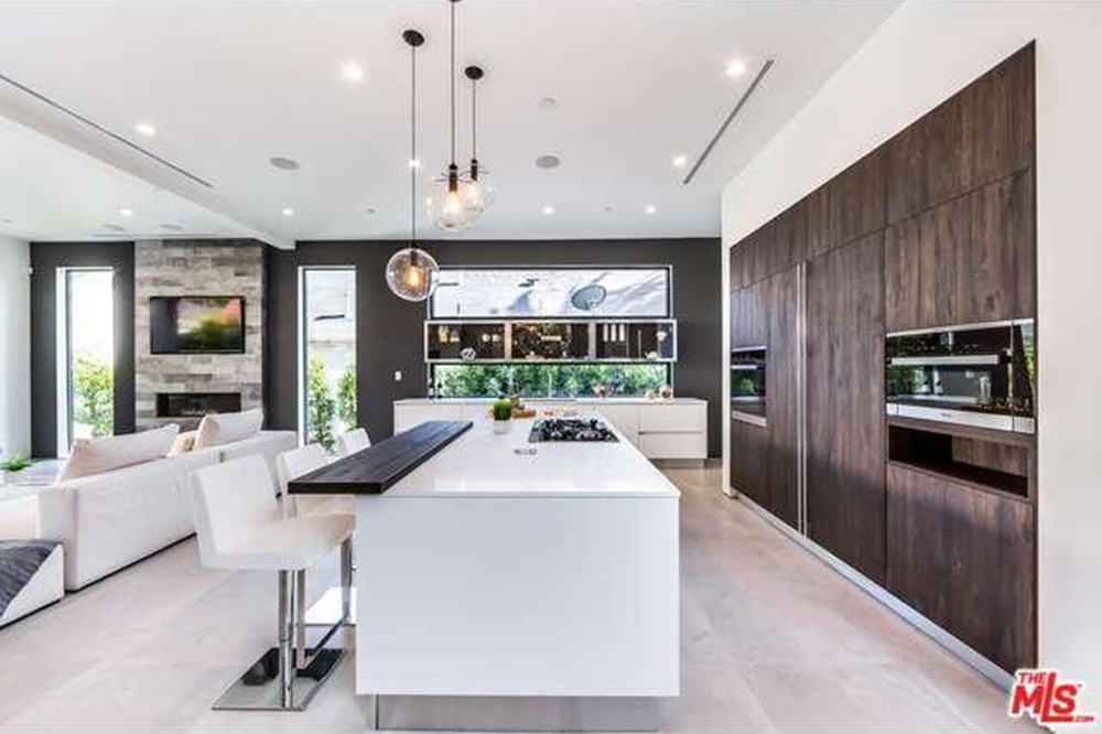 The Chainsmokers Drew Taggart Buys House In Los Angeles CA Bar