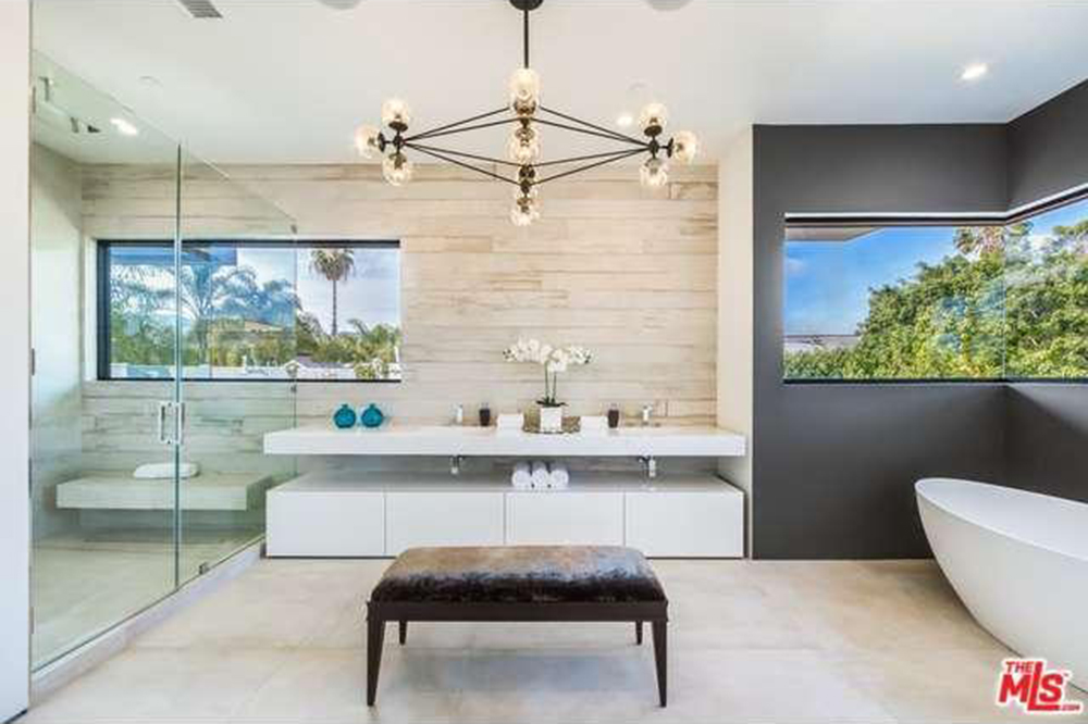 The Chainsmokers Drew Taggart Buys House In Los Angeles CA Master Bathroom