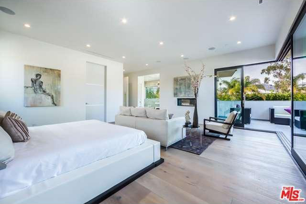 The Chainsmokers Drew Taggart Buys House In Los Angeles CA Master Bedroom