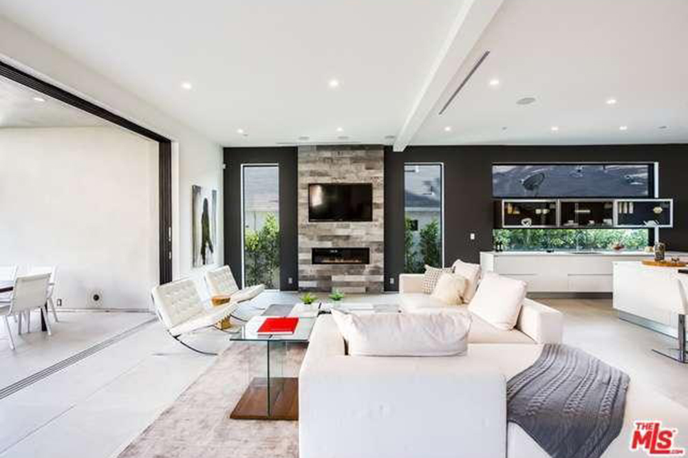 The Chainsmokers Drew Taggart Buys House In Los Angeles CA Living Room