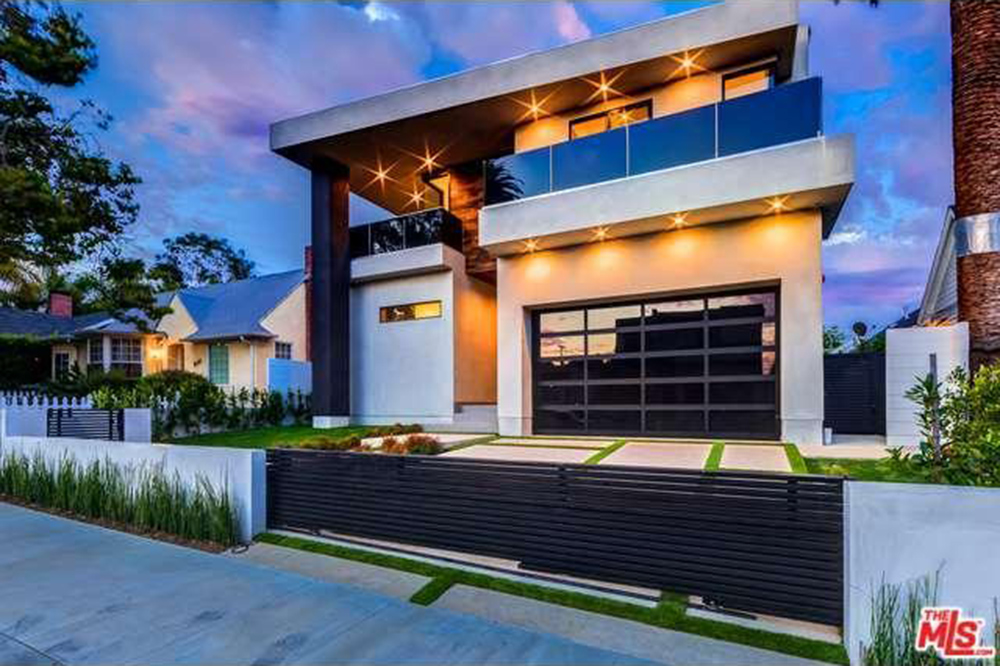The Chainsmokers Drew Taggart Buys House In Los Angeles CA Exterior