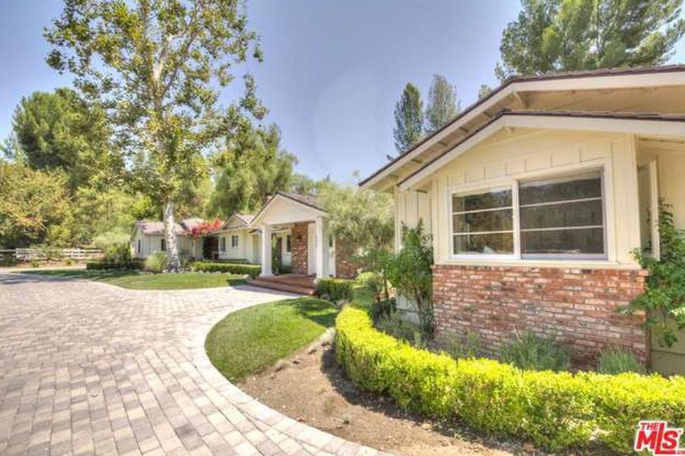 Rapper Drake House Expansion: Aubrey Graham Buys The Hidden Hills House  Next Door   Celebrity   Trulia Blog