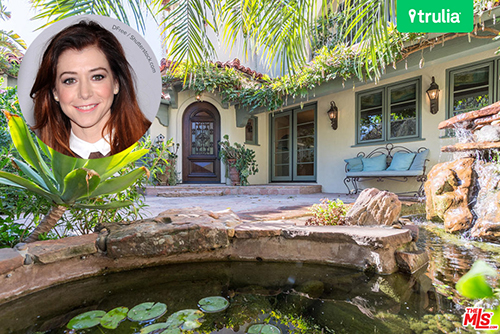 alyson hannigan 2016 exterior santa monica feature image