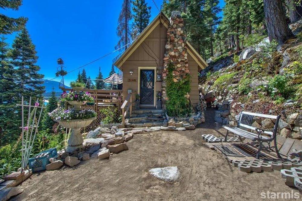 Tiny Mountain Houses For Sale