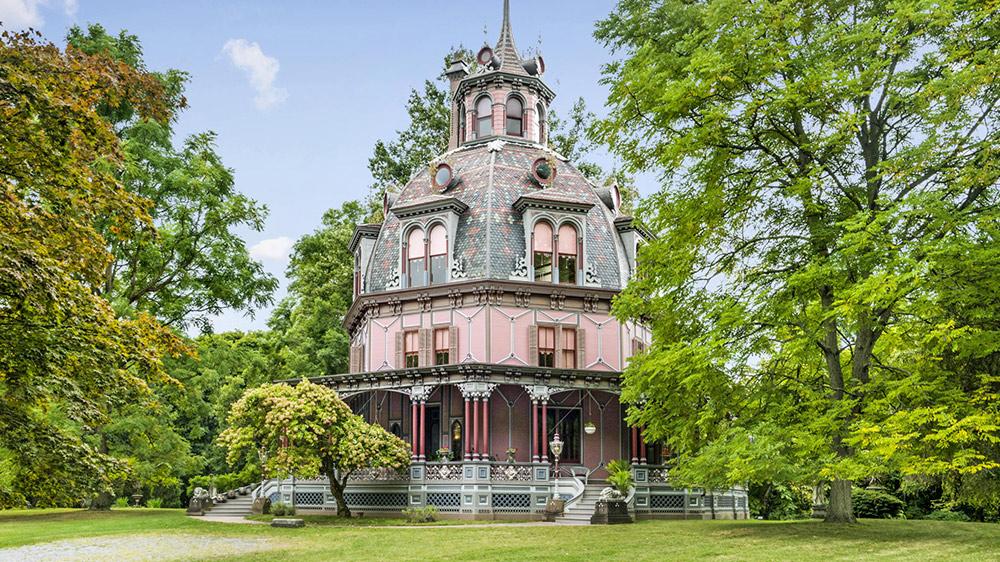 7 harry potter houses for rent real estate 101 trulia blog. Black Bedroom Furniture Sets. Home Design Ideas