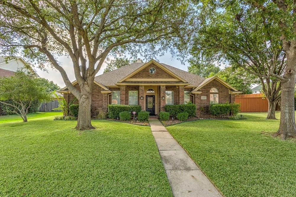 architecture styles front yard plano tx