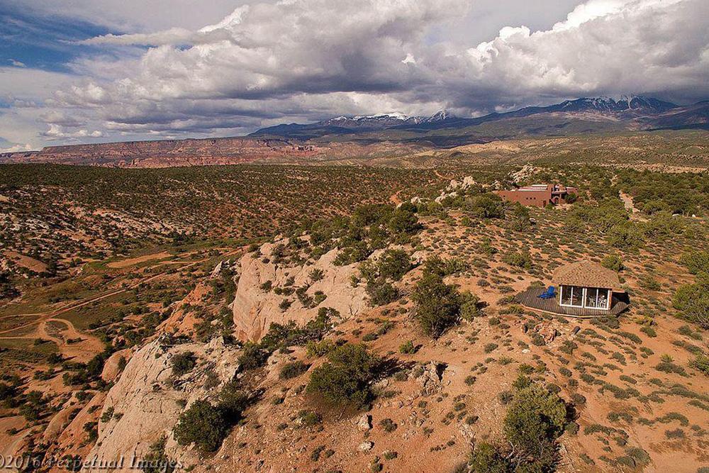 cliffside homes in Moab UT