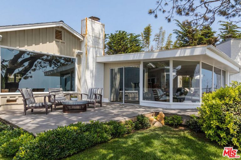 Shaun White Beach House
