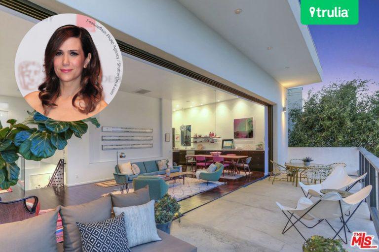 Kristen Wiig Lists Franklin Hills CA