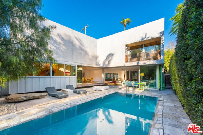 Jennifer Meyer Bachelorette Pad West Hollywood CA Pool