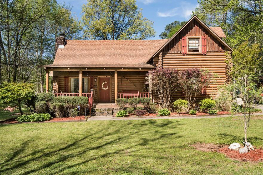 Log Cabin Homes For Sale in Tuscumbia AL