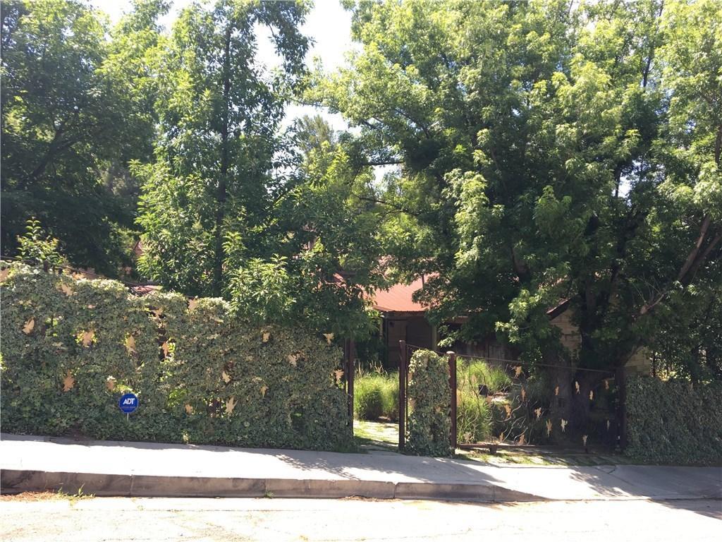 Kim Basinger Woodland Hills Gate