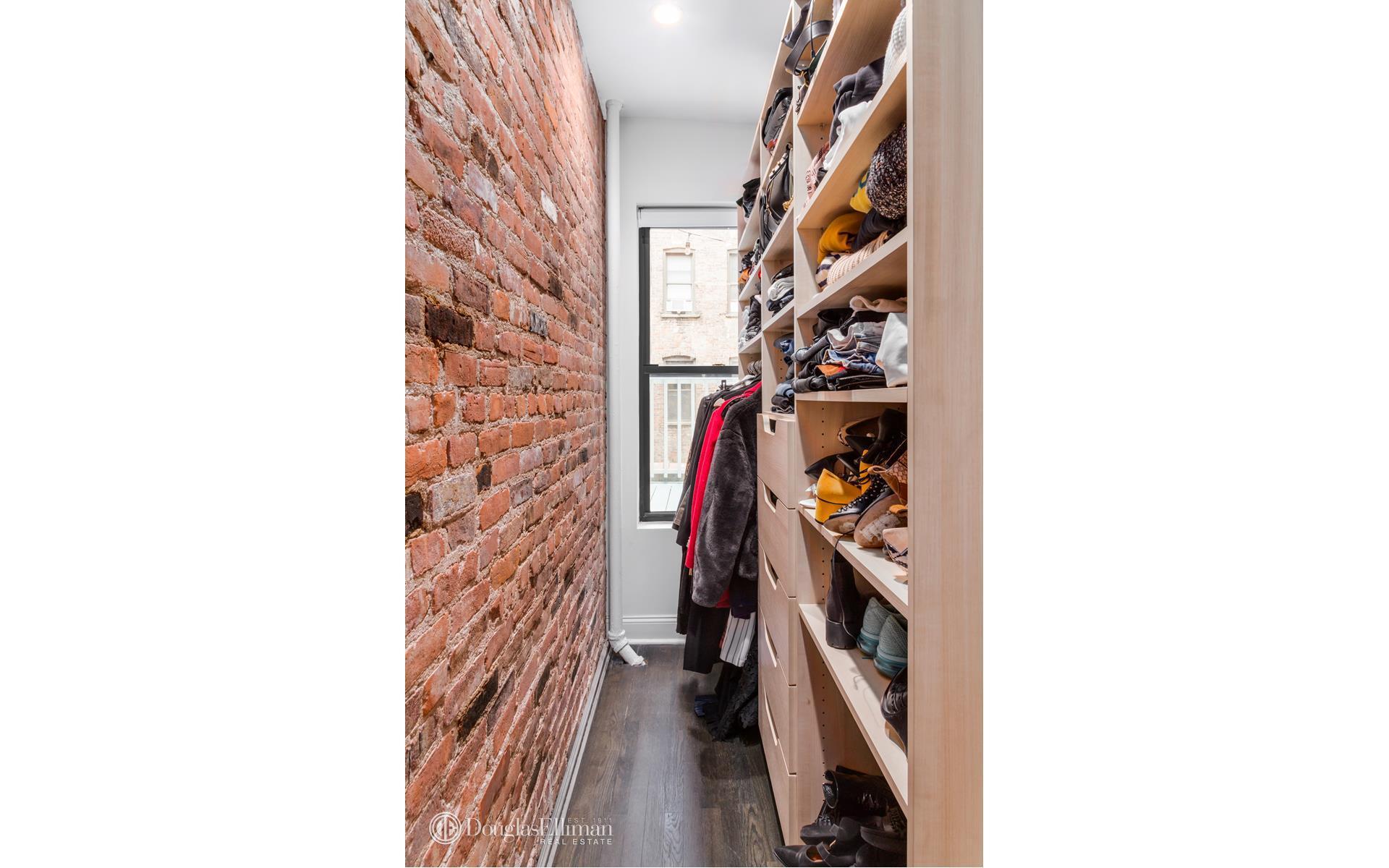 Diane Kruger Buys New York Condo Bedroom Closet