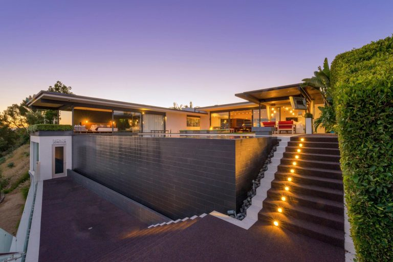 Awesome Matthew Perry Selling Hollywood Hills Home In Sought After Bird Streets Amazing Pictures