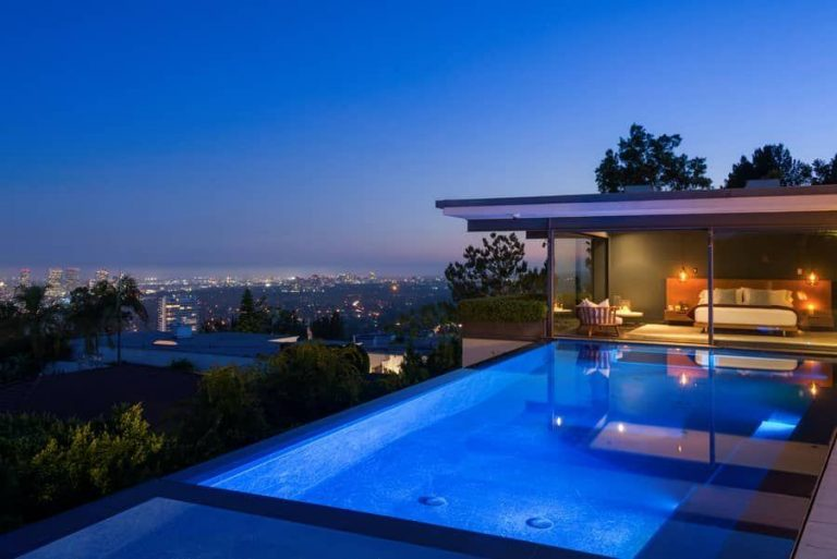 Matthew Perry Selling Hollywood Hills Home In Sought After Bird Streets Great Pictures