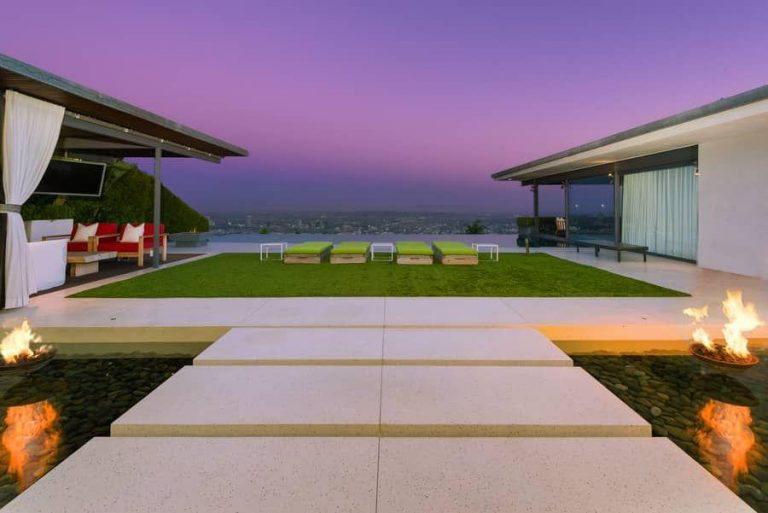 Matthew Perry Selling Hollywood Hills Home In Sought After Bird Streets Amazing Design