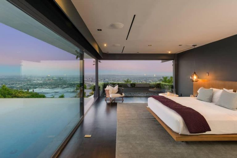 Charming Matthew Perry Selling Hollywood Hills Home In Sought After Bird Streets Nice Ideas