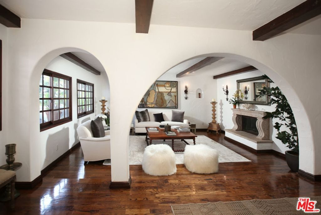 Superior Celebrity Sidekick Faye Resnick Snags $2.175M Nichols Canyon Estate    Truliau0027s Blog
