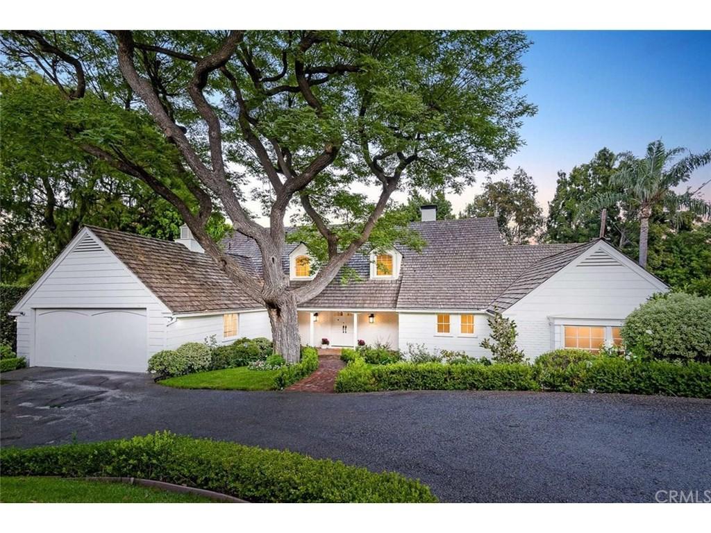 Lauren Conrad lists Brentwood home exterior