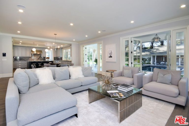 Kyle Richards And Mauricio Umansky Drop 8 2m On Encino