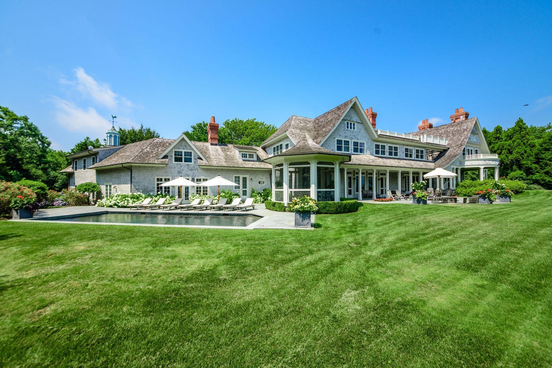 harvey weinstein lists hamptons home yard 2