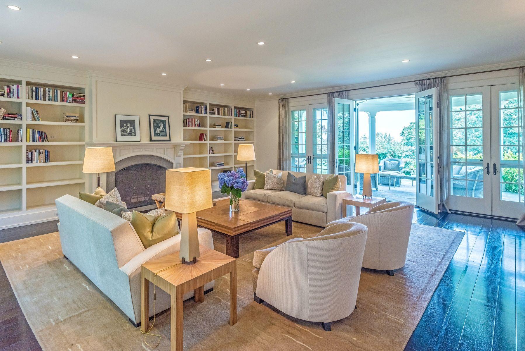 harvey weinstein lists hamptons home living room