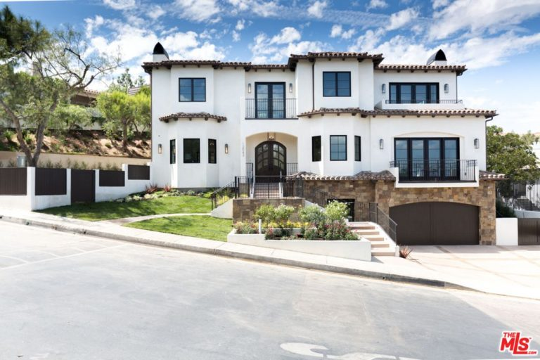 serena williams snags beverly hills home exterior
