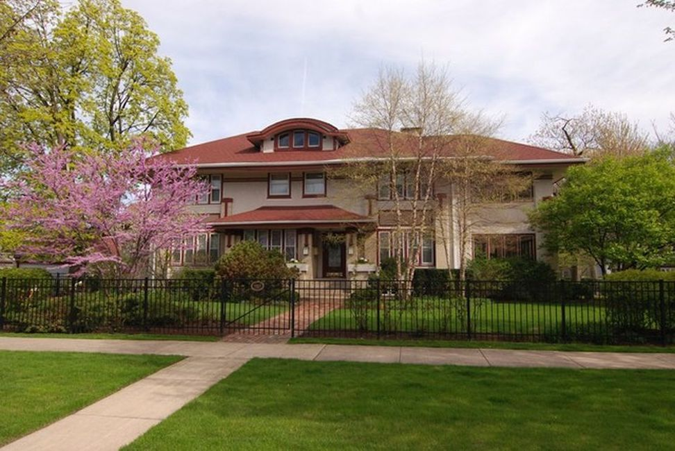 old homes for sale in Oak Park