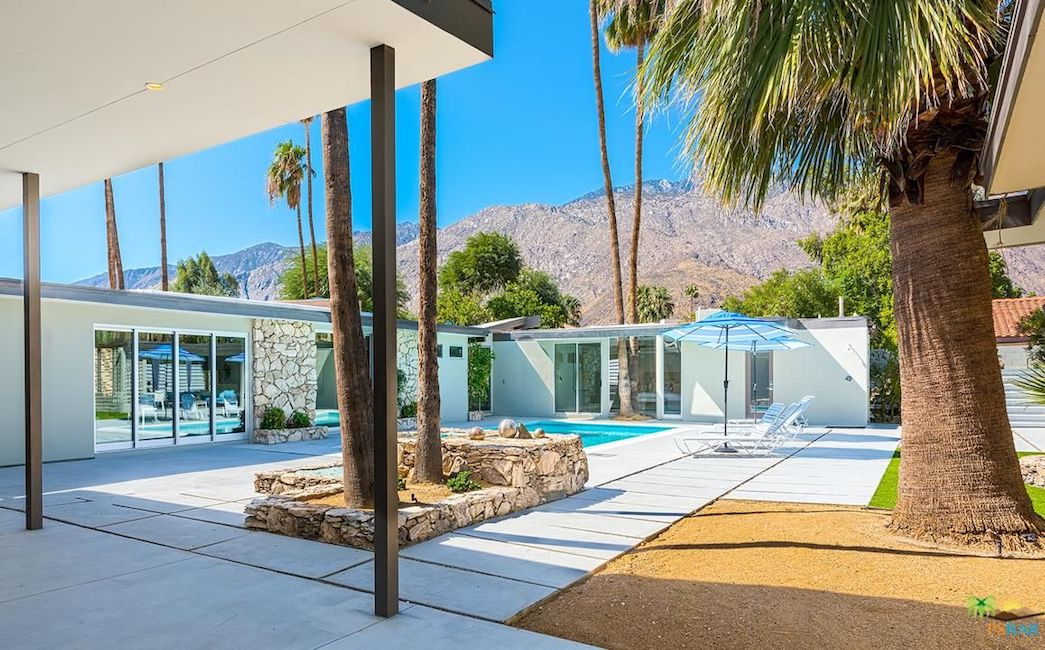 old homes for sale in Palm Springs