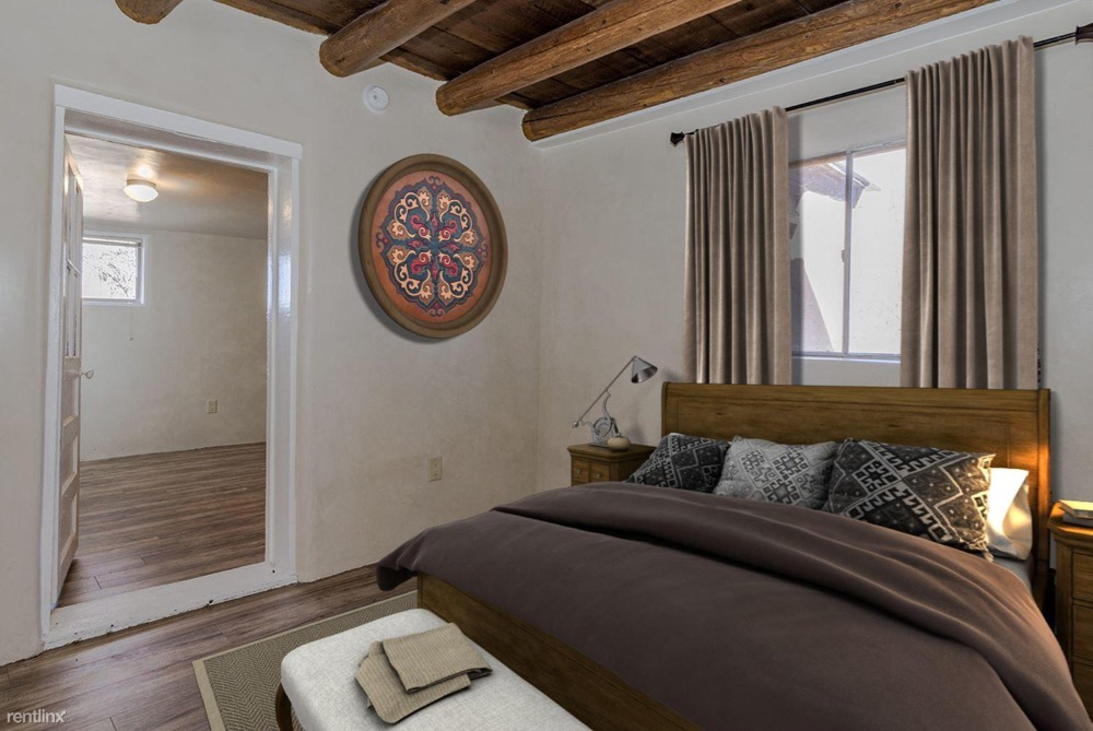 a romantic home for rent in Santa Fe
